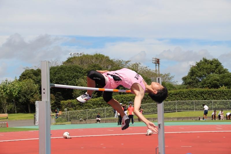 陸上競技 一般男子走り高跳び